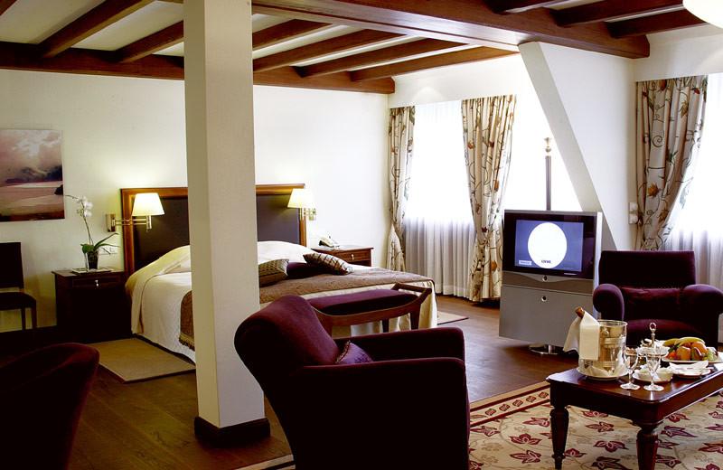 Guest suite at Suvretta House.