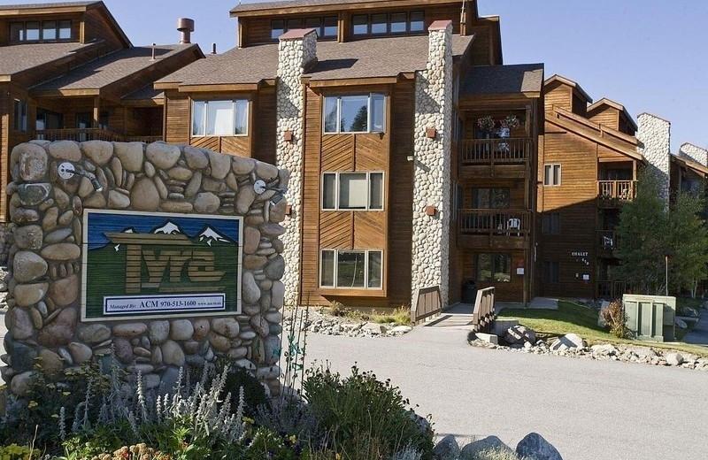 Rental exterior at Summit Vacations.