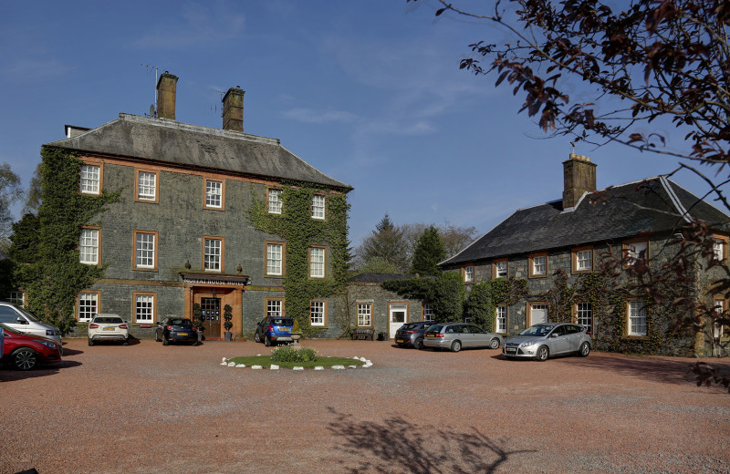 Exterior view of Moffat House Hotel.