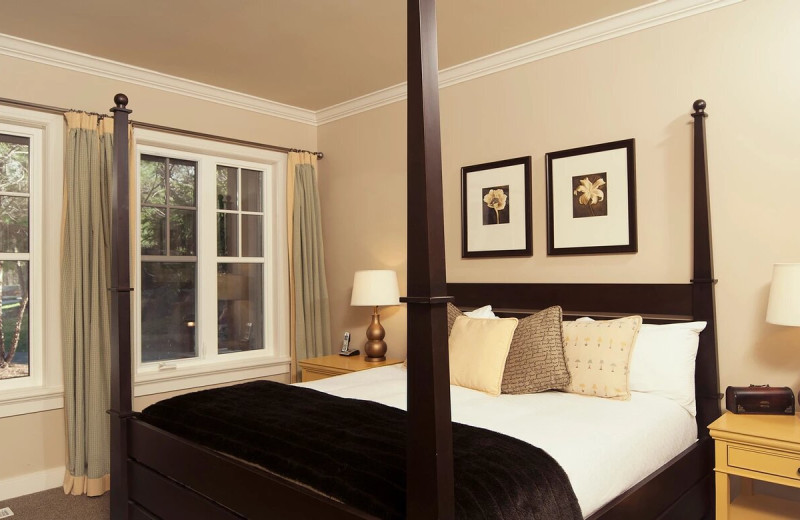 Guest room at Rocky Crest Golf Resort.