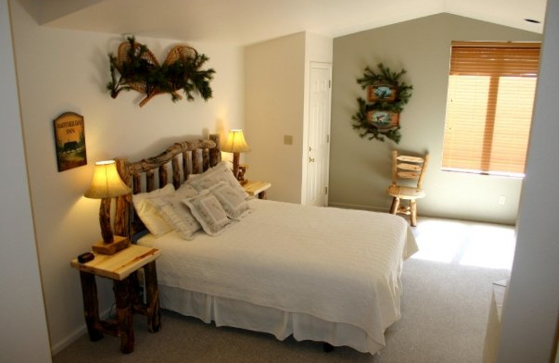 Guest bedroom at Fawn Lake Inn.