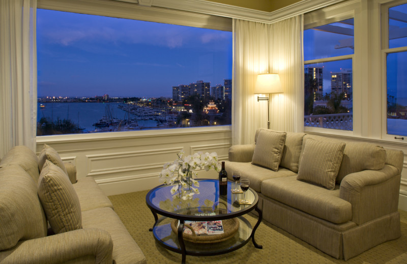 Penthouse suite sitting area at Glorietta Bay Inn.