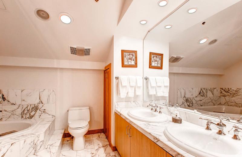 Rental bathroom at Centennial Lodge of Beaver Creek.