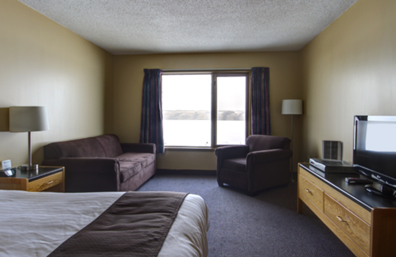 Guest room at Manitou Springs Resort & Mineral Spa.