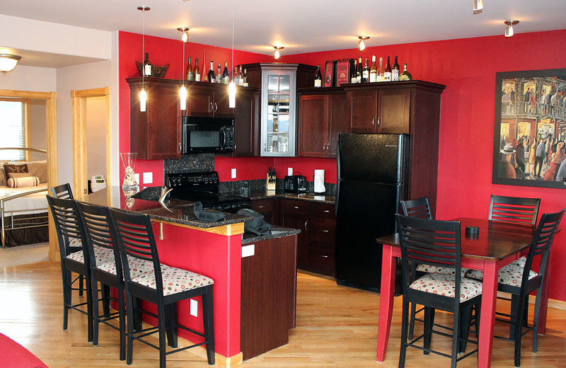 Vacation rental kitchen at Marys Lake Vacation Condos.