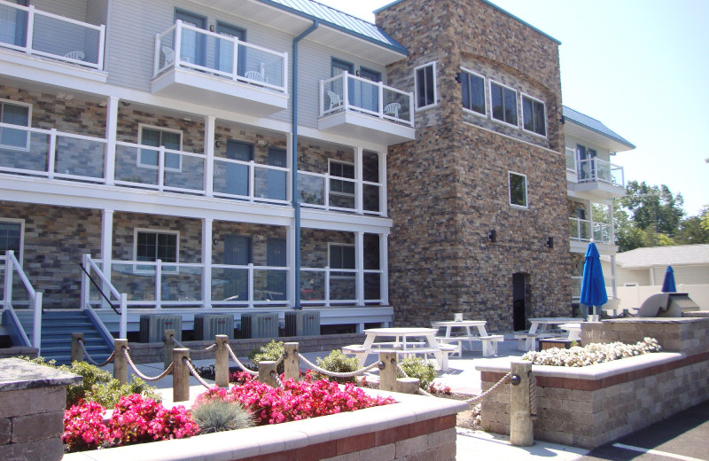 Put-in-Bay Waterfront Condos Facade