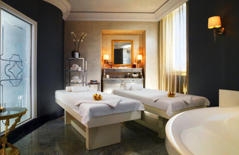 Castle spa at Luxury Castle Hire.