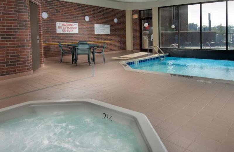 Indoor pool at Drury Inn Poplar Bluff.