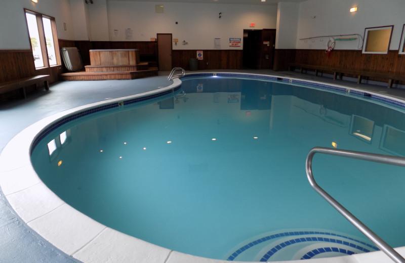 Indoor pool at Chautauqua Lodge.