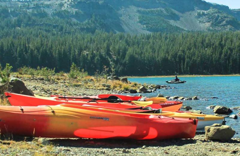 Canoeing at Sisters Vacation Rentals.