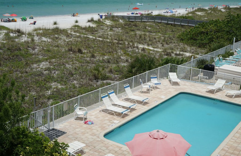 Rental pool at Long Key Vacation Rentals.