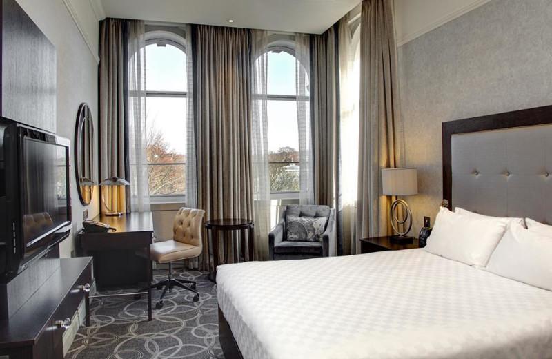 Guest room at Hilton Glasgow Grosvenor Hotel.