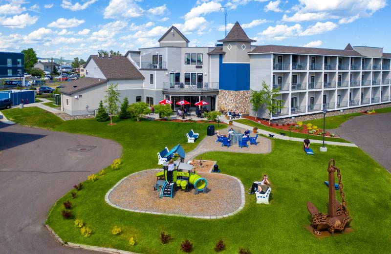 Park Point Marina Inn.