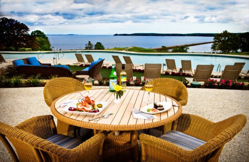 Poolside Dining at The Samoset Resort