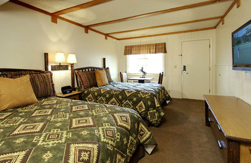 Double bedroom at Jackson Hole Lodge.