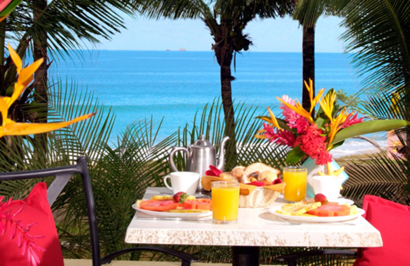 Dining at Flamingo Beach Resort.