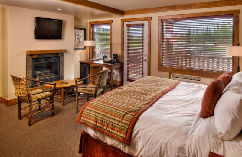 Townhouse bedroom at Elk Ridge Resort.
