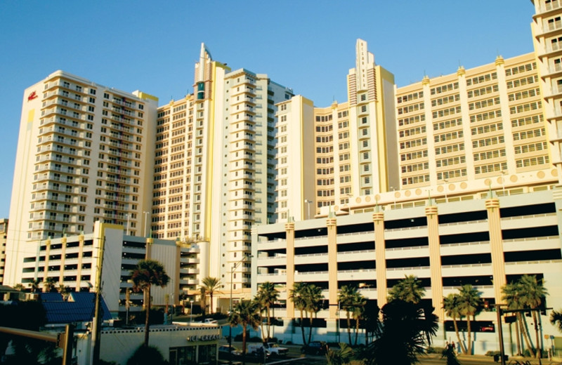 Exterior view of Wyndham Ocean Walk Resort.