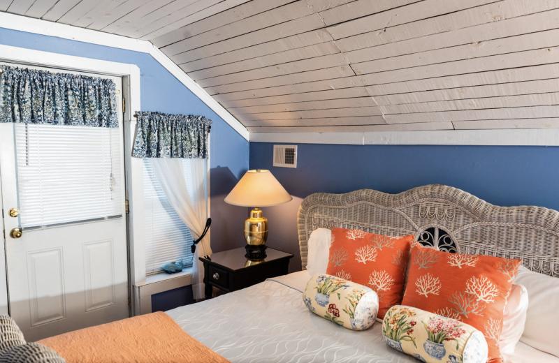 Guest room at Tybee Island Inn.