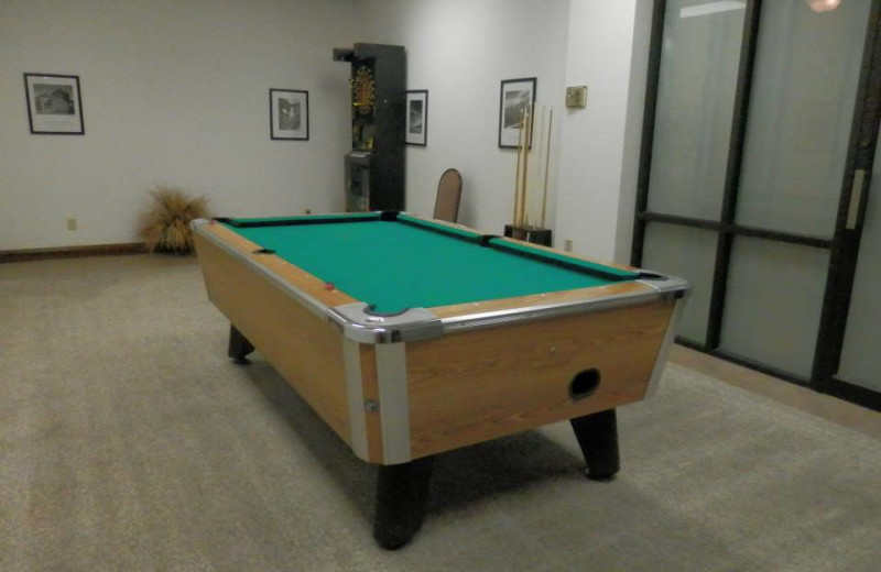 Pool Table at Lodge of the Ozarks