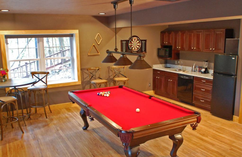 Guest billiard table at Beaver Lakefront Cabins.