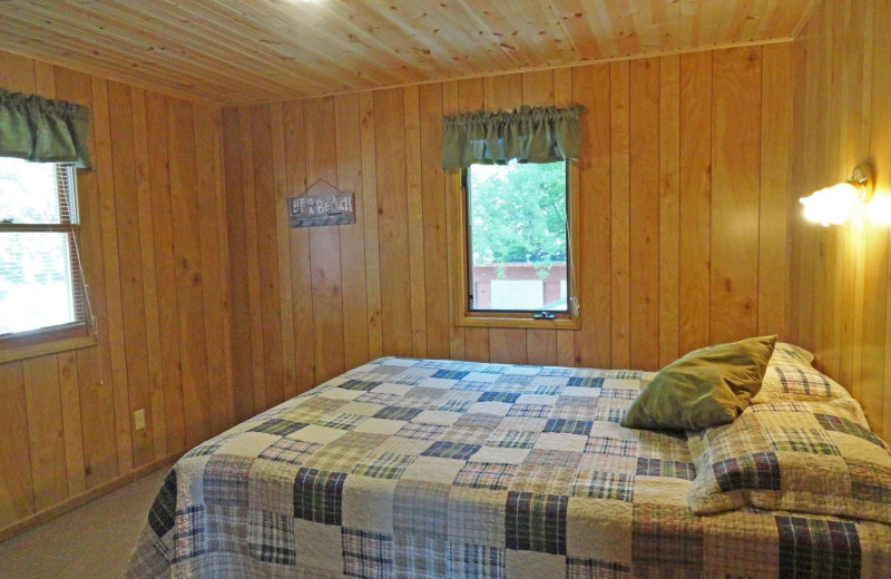 Cabin bedroom at Diamond Lake Resort.