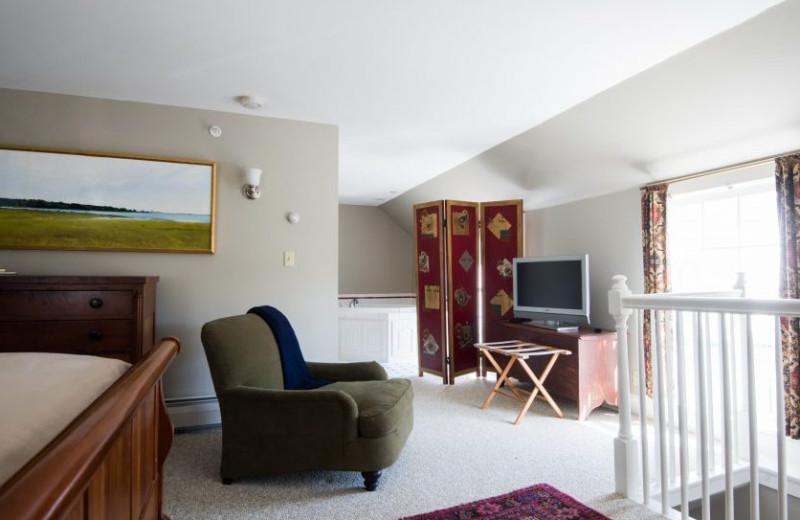 Guest room at Four Columns Inn.