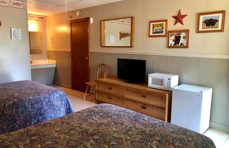 Guest room at Eddy Bay Resort Lodging.