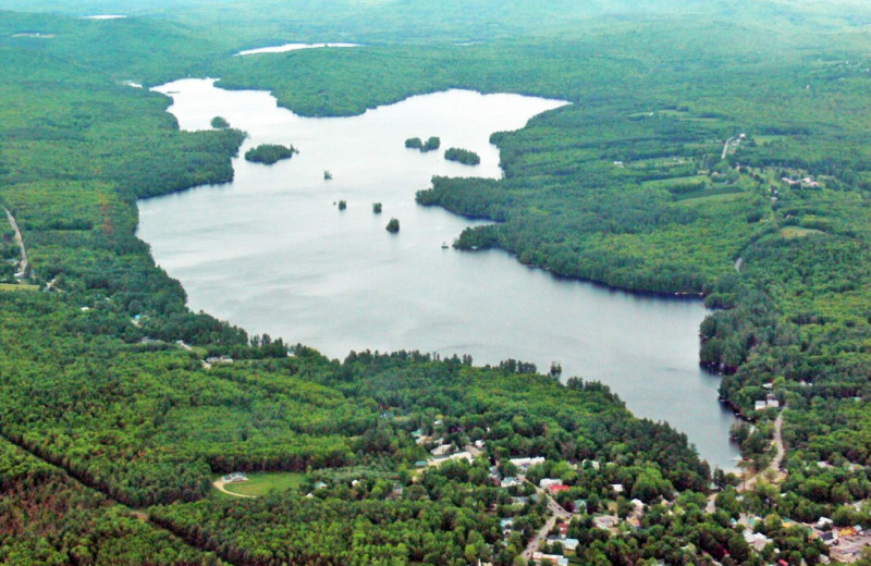 Aerial view of Highland Lake Resort.