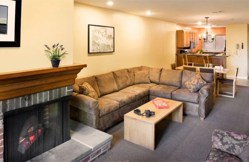 Fireplace living room at Summit Resort.