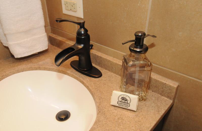 Cabin bathroom at Caryonah Hunting Lodge.