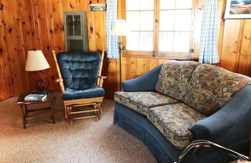 Living room at Grandview of Lake Kabetogama.