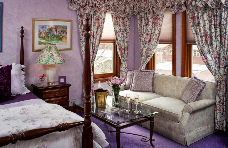 Guest suite at Cliff Cottage Inn-Luxury B & B Suites and Cottages.