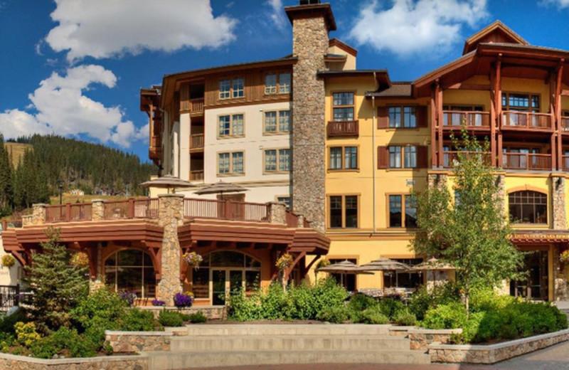 Exterior view of Delta Sun Peaks Resort.