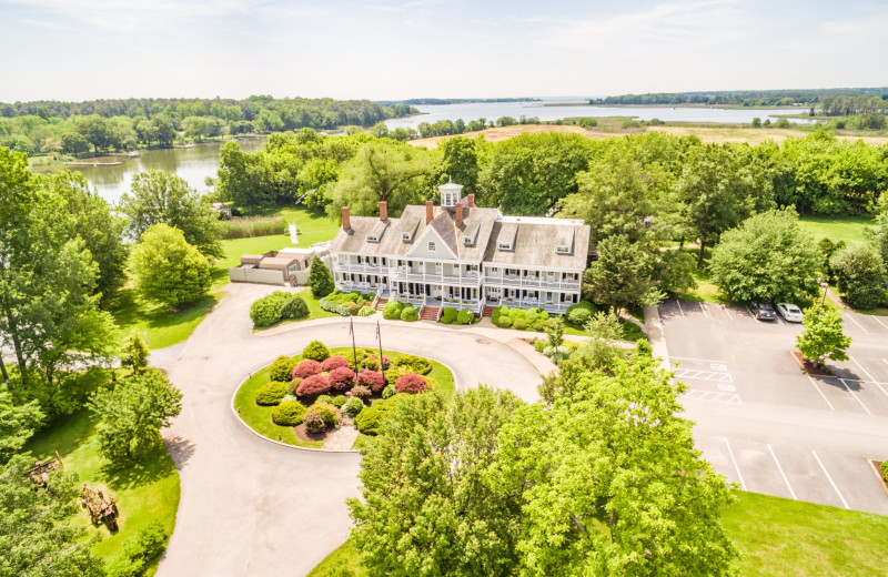 Aerial view of Kent Manor Inn.