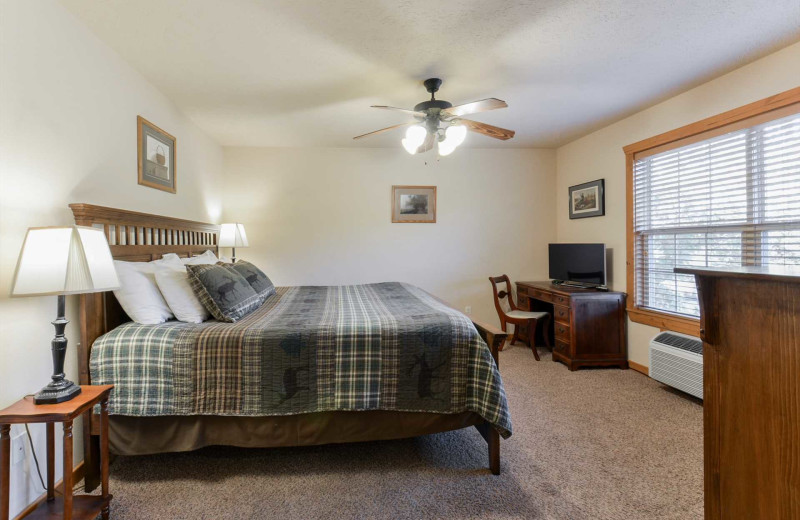 Guest room at Branson Vacation Rentals.