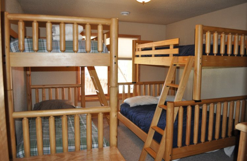 Cabin bunk beds at Deadwood Connections.