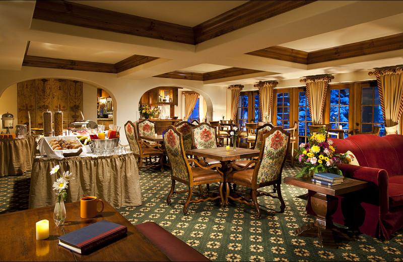 Rental breakfast room at Vail Rentals by Owner.