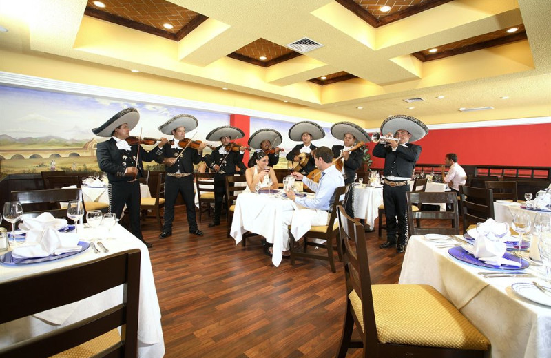 Dining at Gran Luxury Cancun.