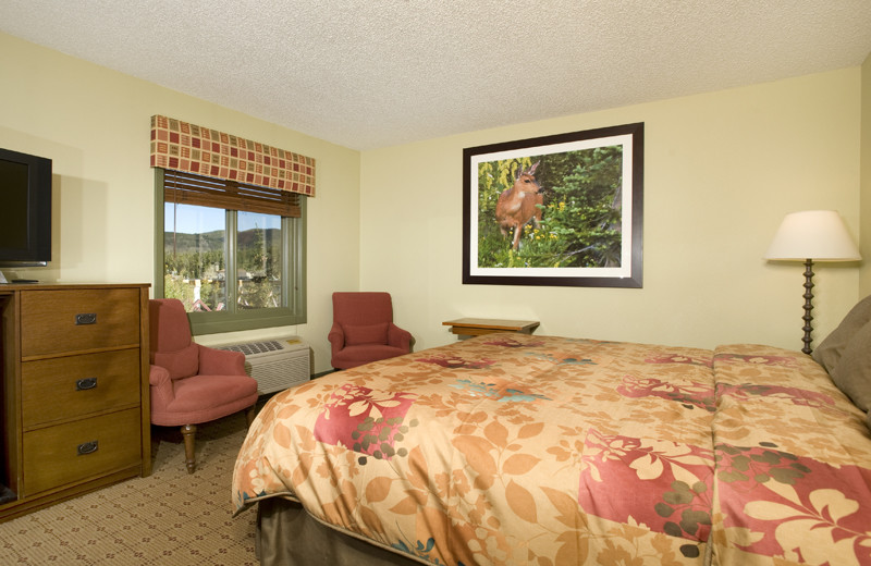 Guest room at The Village at Breckenridge.