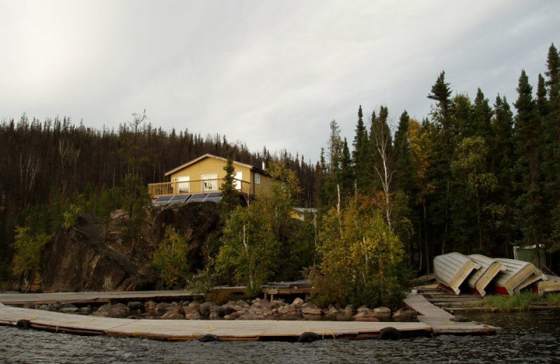 Exterior view of Foster Lake Lodge.