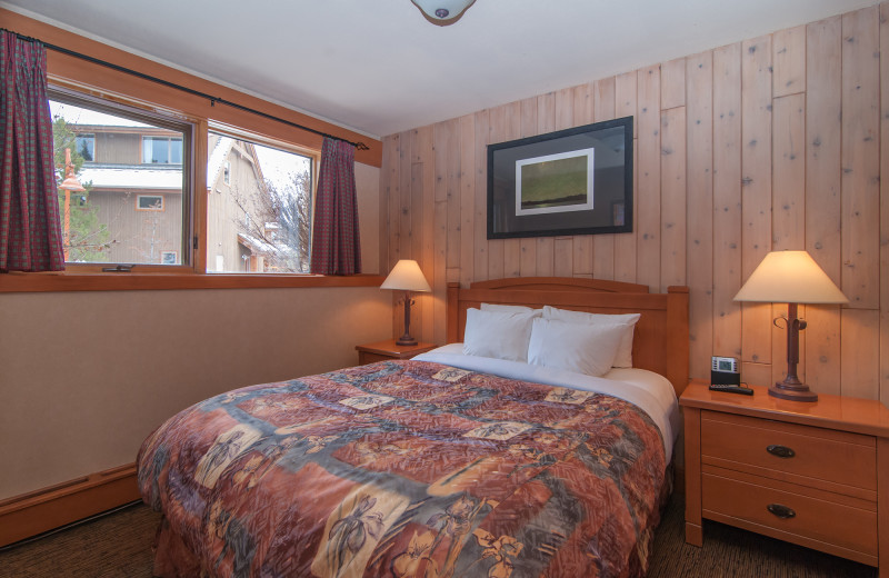 Guest bedroom at Hidden Ridge Resort.