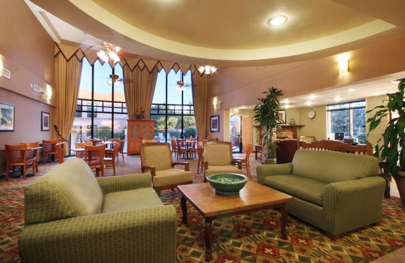 Lobby at Hampton Inn Sedona.