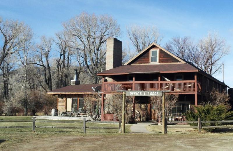 Main lodge exterior at Vee-Bar Guest Ranch.