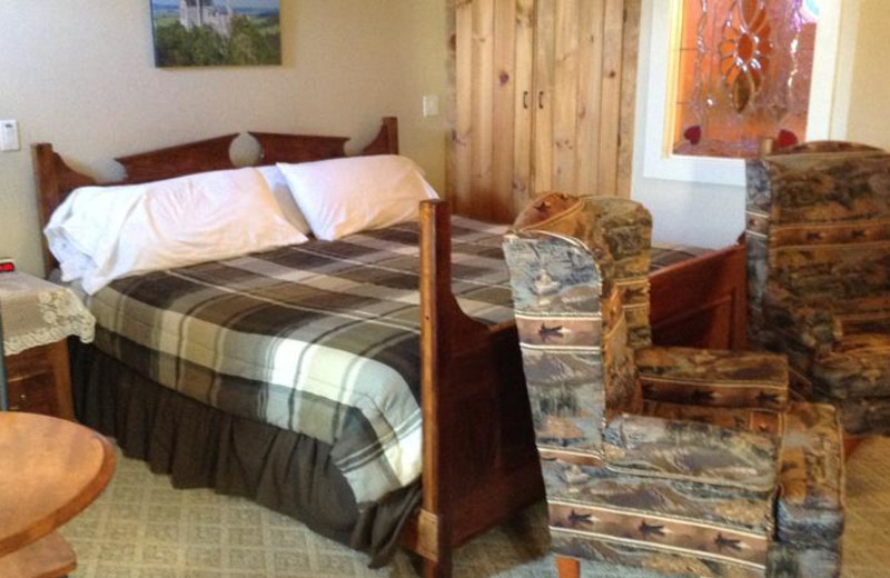 Guest room at The Heidi Motel.
