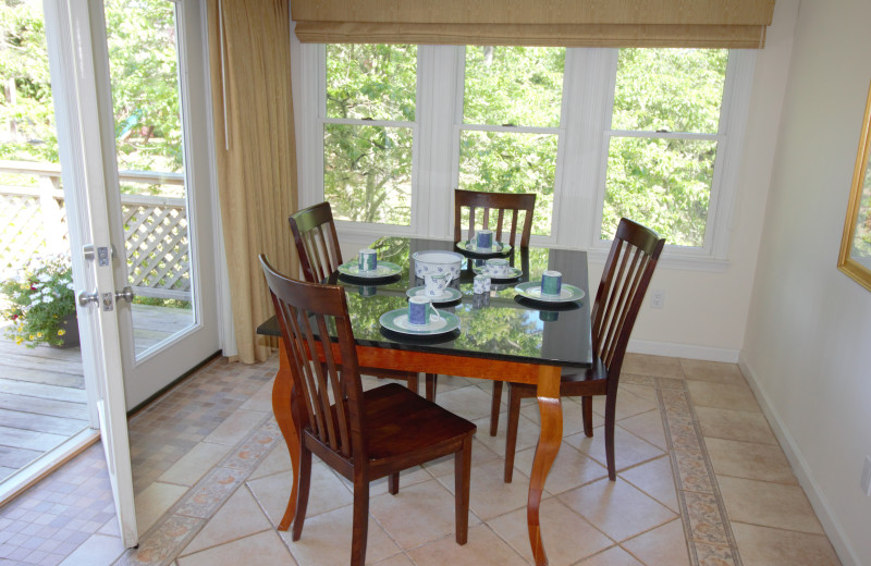 Guest dining area at Pleasant Bay Village.
