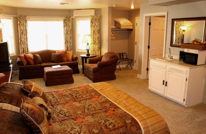 State Room at Baileys Harbor Resort