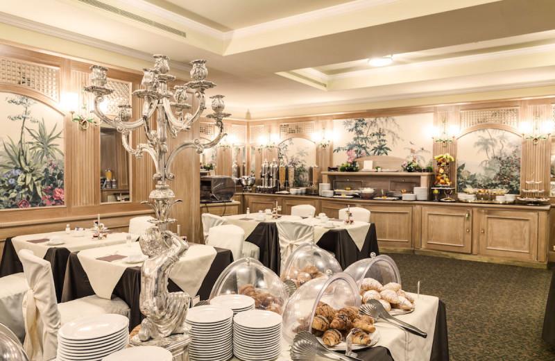 Dining at Doria Grand Hotel.