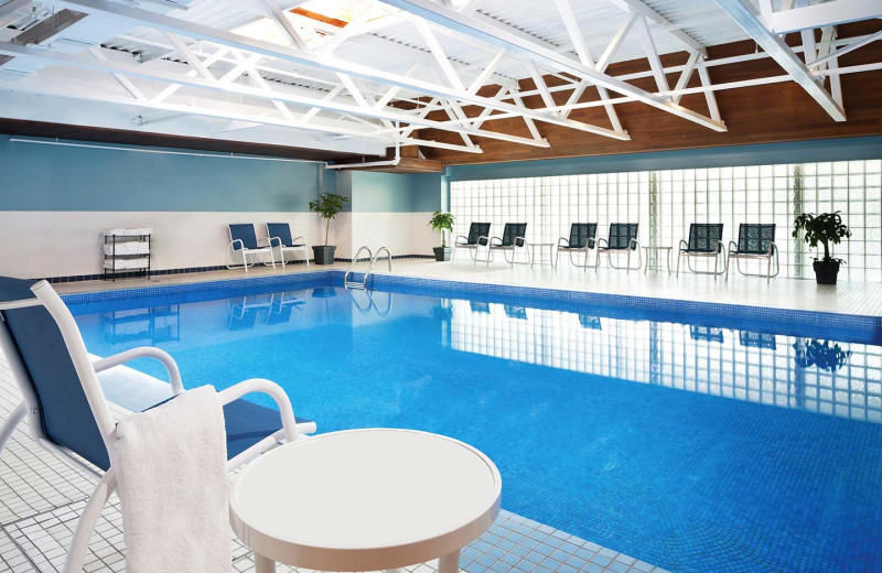 Indoor pool at Four Points by Sheraton & Conference Centre Gatineau - Ottawa.