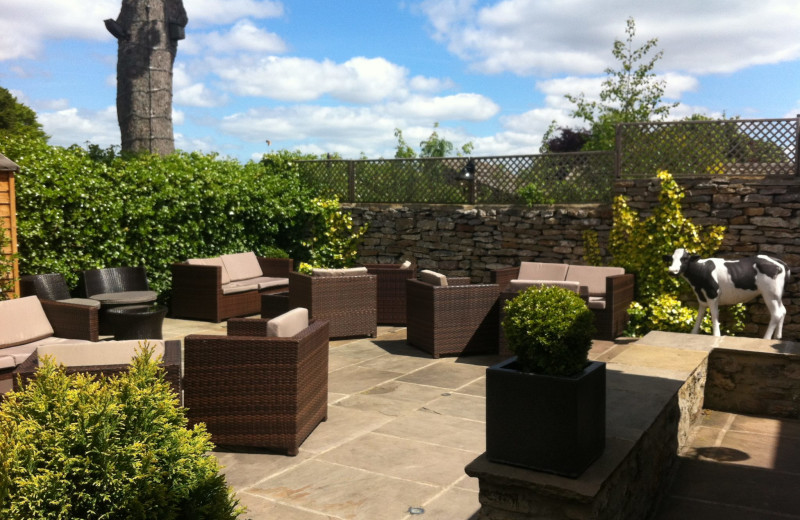 Patio at Wensleydale Heifer.